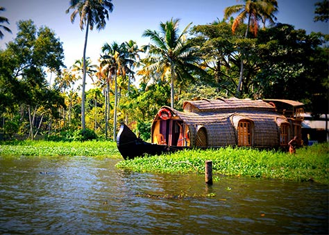 Kerala backwaters holiday Package